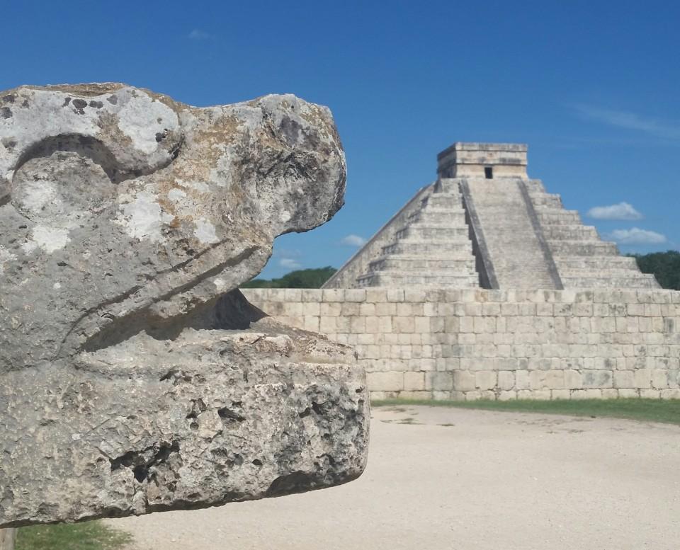 chichen itza Temple of Kukulkan, also known as El Castillo.
