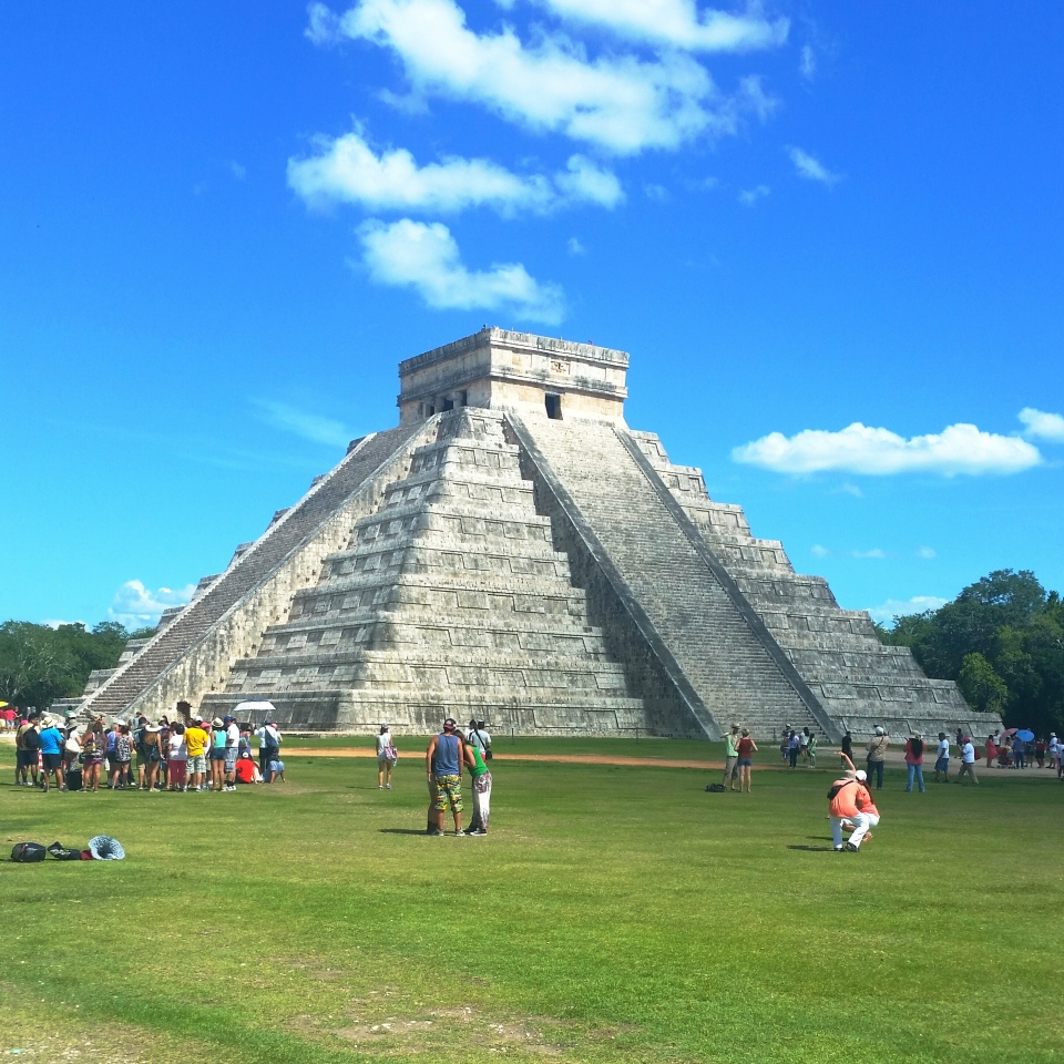 Chicen itza, Temple of Kukulkan, El Castillo.