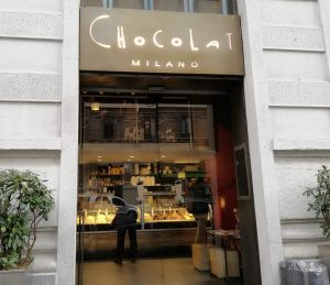 Hot Chocolate in Milan, cafe in Italy