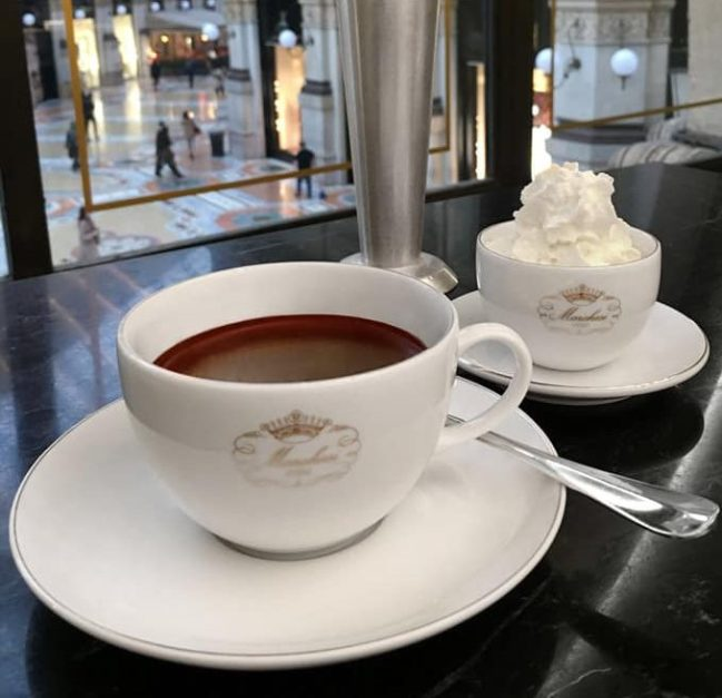 Hot Chocolate in Italy, Cafe