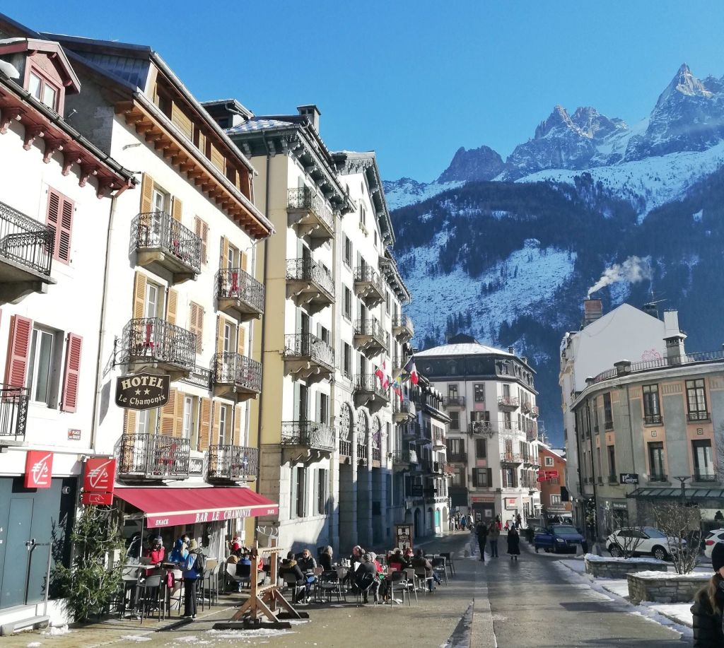 Best Ski Resorts Near Milan, Chamonix
